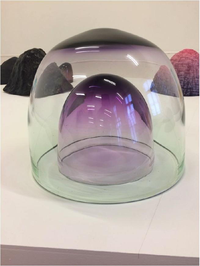ANDREA HELLER'Untitled (from series 'Magnitude')', 2019, Handcrafted glass, Glas mundgeblasen, zwei-teilig 36x44x44cm